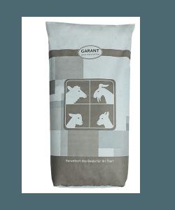 Ein Sack Lämmermastfutter mit integrierter Mineral- und Vitaminergänzung.